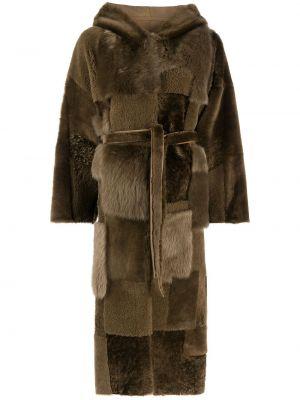 Деловое коралловое длинное пальто с поясом из овчины Liska