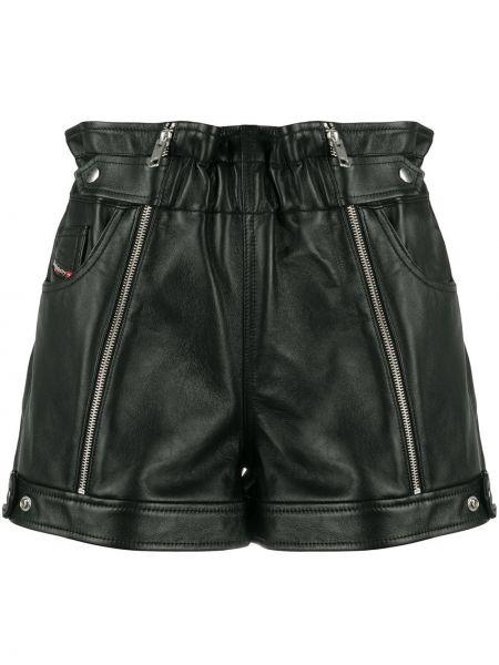 Черные с завышенной талией кожаные шорты Diesel