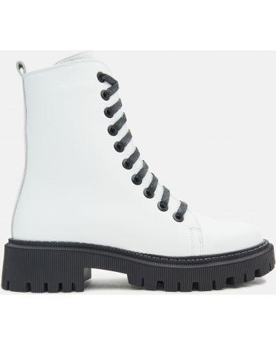 Ботинки - белые Kento