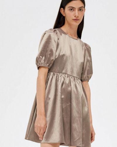Бежевое прямое платье Lime