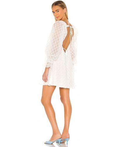 Платье с открытой спиной - белое Lpa