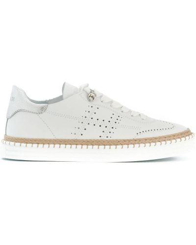 Белые кожаные кроссовки с перфорацией Hogan