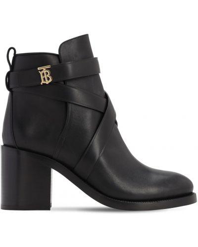 С ремешком кожаные ботинки на каблуке Burberry