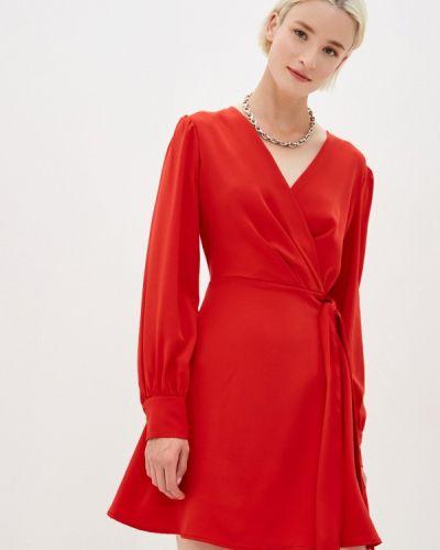 Красное прямое платье Befree