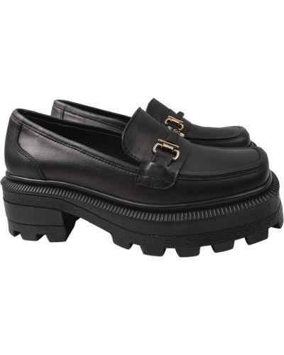 Черные туфли Aquamarin