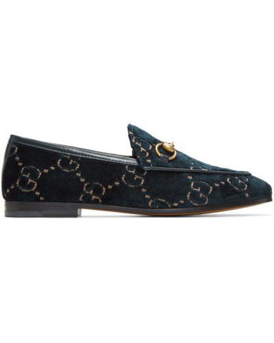 Czarny aksamit loafers z haftem prążkowany Gucci