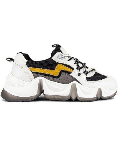 Czarne sneakersy skorzane sznurowane Raye