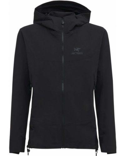 Черная куртка с карманами Arcteryx