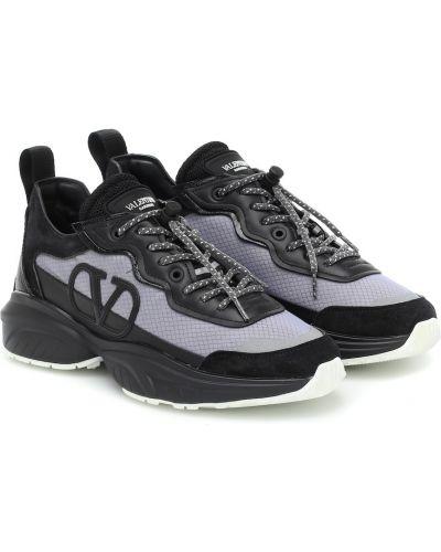 Повседневные черные кожаные кроссовки с вышивкой из натуральной кожи Valentino Garavani