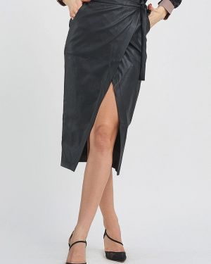 Черная юбка Magnet