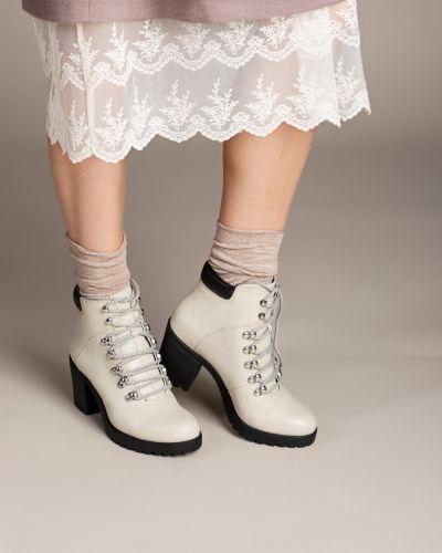Кожаные ботинки на каблуке на шнуровке Vagabond