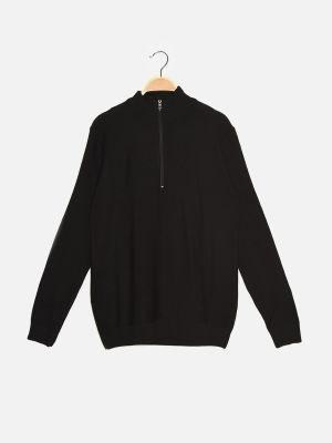 Czarny sweter z akrylu Trendyol