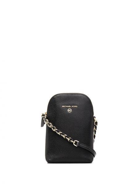 С ремешком черная кожаная сумка на цепочке Michael Kors