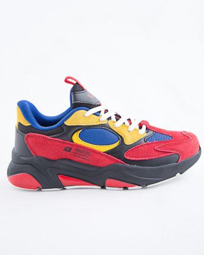 Красные кроссовки Baas
