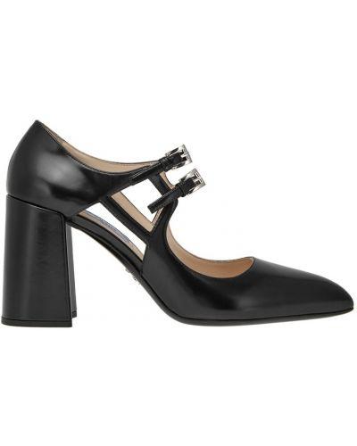Кожаные туфли на каблуке с пряжкой Prada