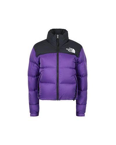 Фиолетовая куртка The North Face