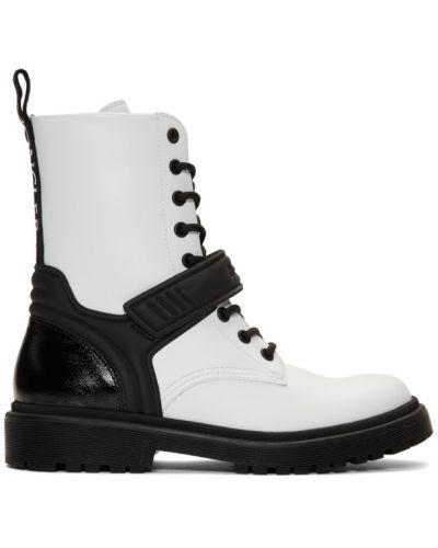 Ботинки на каблуке черные на шнуровке Moncler