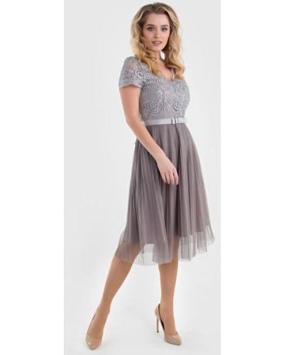 Приталенное вечернее платье с поясом с сеткой Filigrana