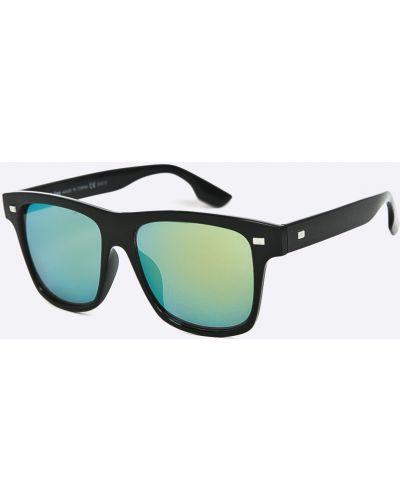 Солнцезащитные очки стеклянные квадратные Medicine