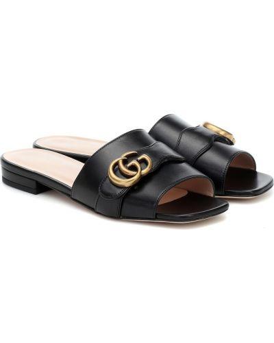 Czarne klapki skorzane Gucci