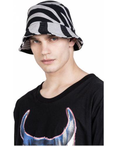 Czarna czapka bawełniana Robert Kupisz