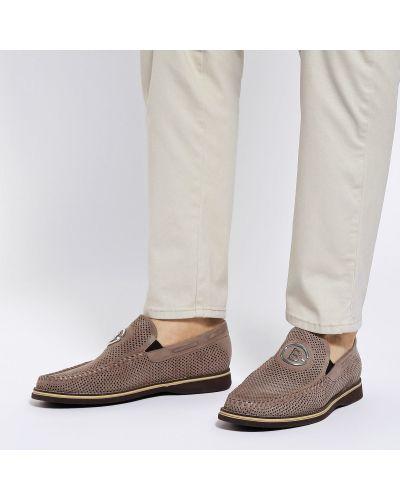 Кожаные бежевые туфли закрытые Baldinini