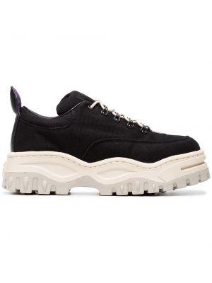Brezentowy czarny sneakersy Eytys