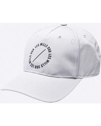 Серая шляпа Reebok