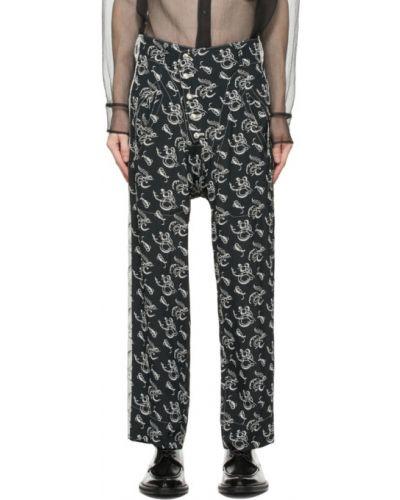 Czarne spodnie z paskiem z haftem Sulvam