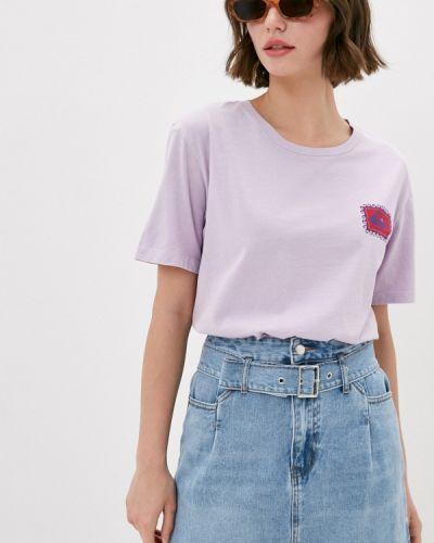 Фиолетовая футболка Quiksilver