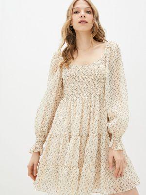 Бежевое платье с открытыми плечами Adl