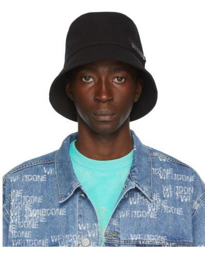 Ватная хлопковая черная шапка с вышивкой We11done