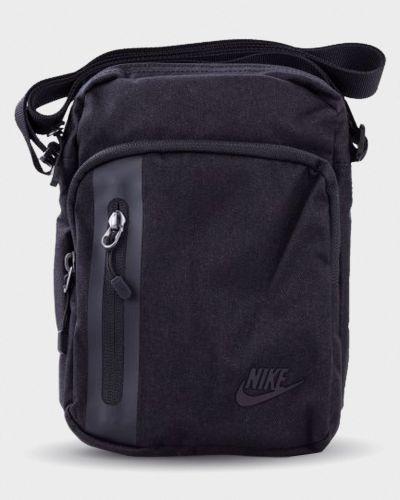 Пышная черная спортивная сумка Nike