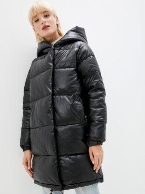 Черная кожаная куртка осенняя Fadas