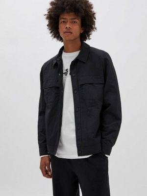Черная облегченная куртка Pull&bear