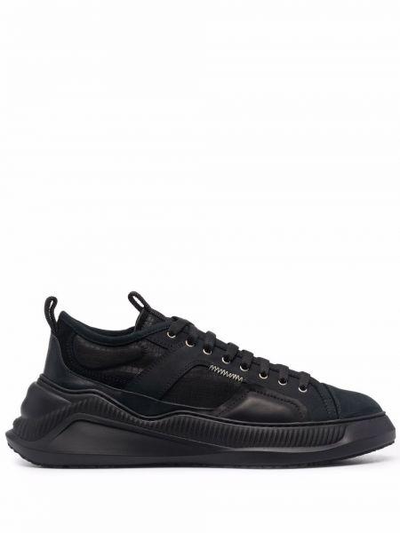 Czarne sneakersy skorzane Oamc