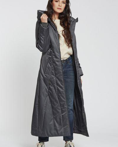 Приталенное длинное пальто с капюшоном свободного кроя D`imma Fashion Studio