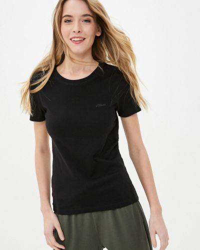 С рукавами черная футболка S.oliver