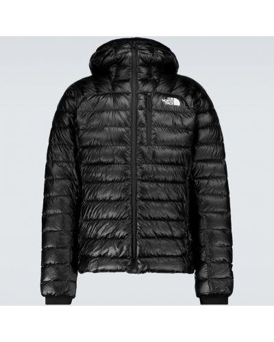 Черная пуховая куртка The North Face