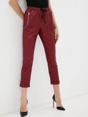 Кожаные брюки - бордовые Silvian Heach