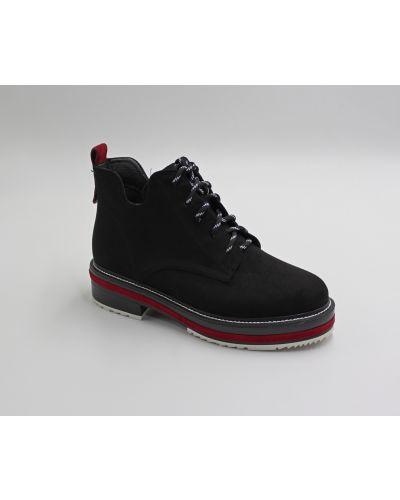 Ботинки из кожзаменителя - черные Gabis