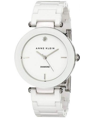Кварцевые часы водонепроницаемые с бриллиантом Anne Klein