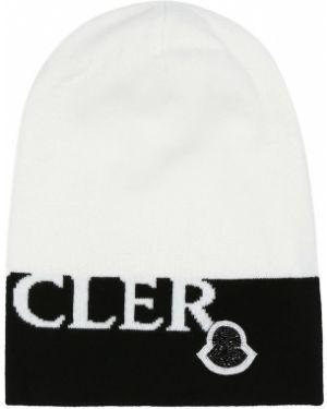 Мягкая шерстяная белая шапка бини Moncler