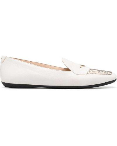 Białe loafers skorzane z printem Nicholas Kirkwood