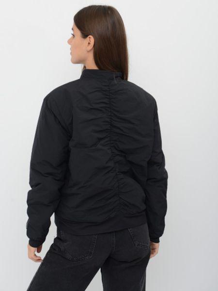 Черная куртка Skechers