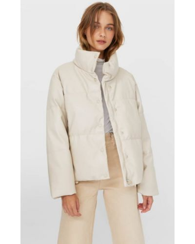 Стеганая стеганая куртка из искусственной кожи Stradivarius