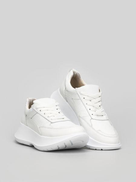 Городские белые кроссовки Torsion