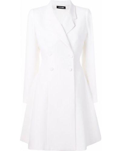 Белое пальто классическое с капюшоном на пуговицах Styland