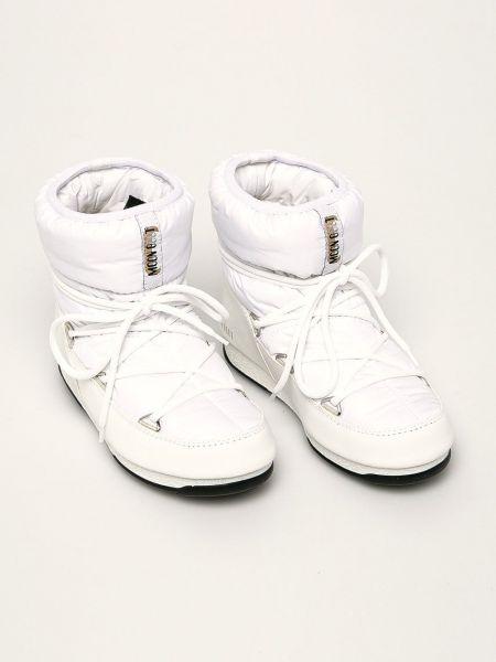 Нейлоновые сапоги Moon Boot