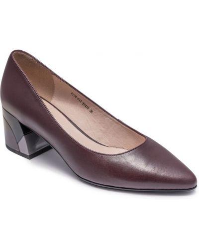 Туфли на каблуке - красные Visttaly